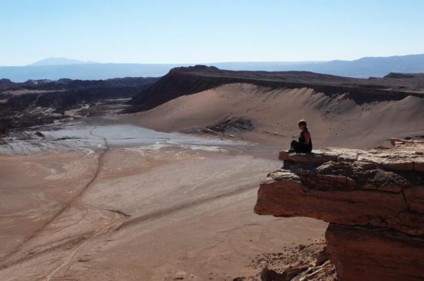 Atacama desert Valle de la Luna Chile - Latinamerikaliv