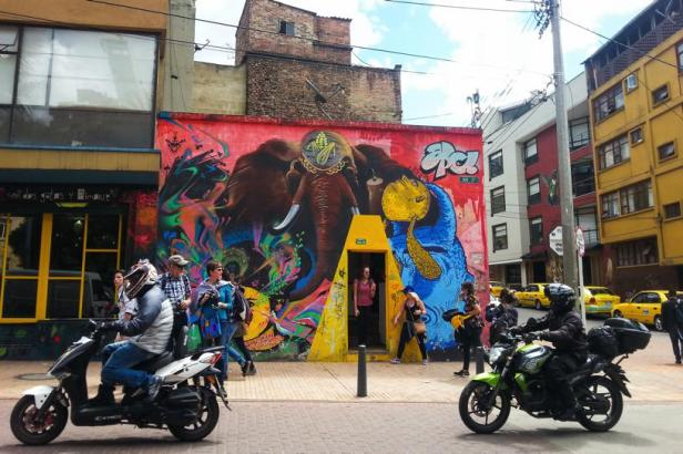 Bogotá street art - APC Animal Power Crew - Latinamerikaliv