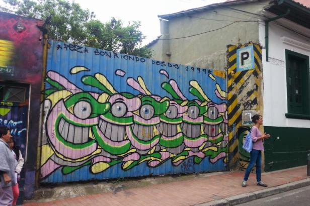 Pez - Street Art Bogotá - Latinamerikaliv