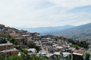 The view of Medellín from the Metrocable in Comuna 1