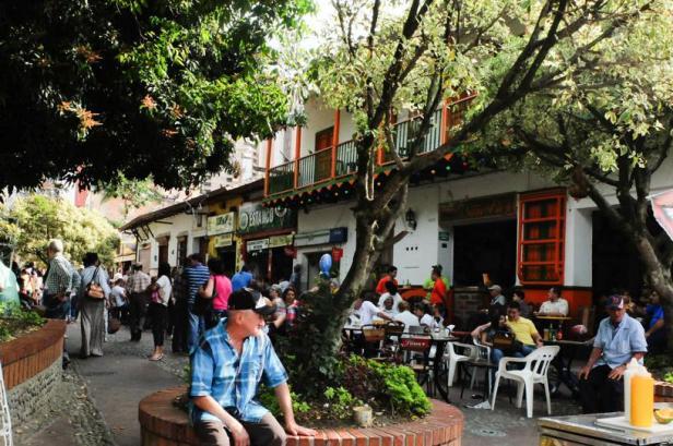 Medellín - by Latinamerikaliv 05