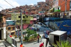 The colourful parts of Comuna 13 around the escalators