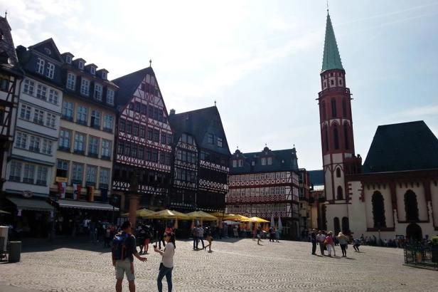 Latinamerikaliv_Frankfurt_old