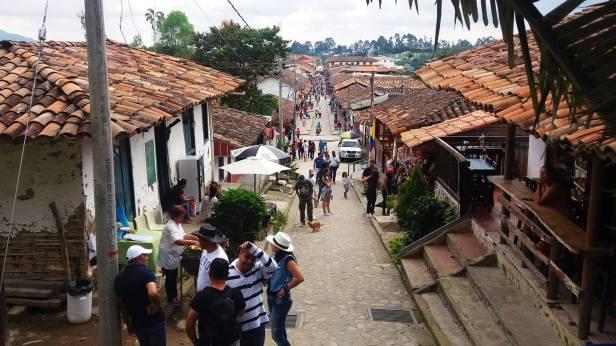 latinamerikaliv_salento_2_village