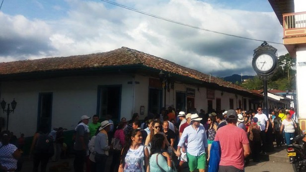 latinamerikaliv_salento_7_crowd